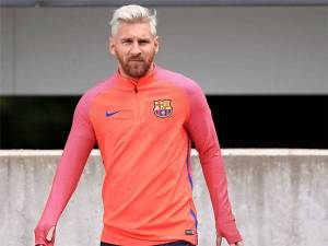 Argentine striker of Barcelona Messi disclosed fact of his new blonde look