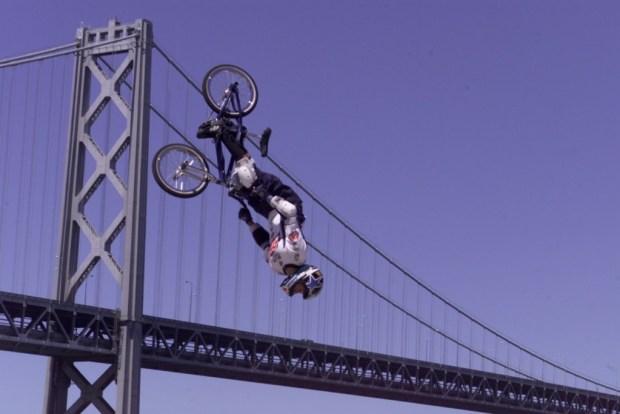 Dave Mirra winning gold in BMX Park at X Games VI in San Francisco (ESPN Images)