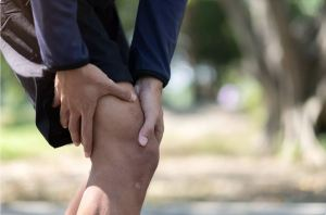 Why Do I Have Knee Pain When Standing?