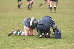 10 Injury Management Essentials You Should Always Have In Your Coaches Bag