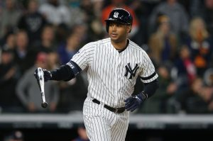 WATCH: Aaron Hicks drills three-run HR off foul pole in Game 5 of ALCS
