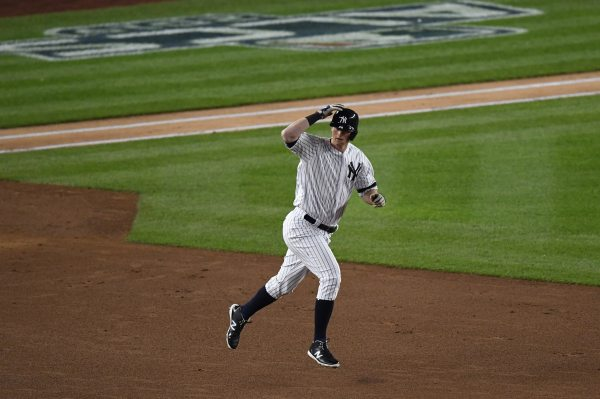 WATCH: DJ LeMahieu launches game-tying HR in 9th inning of ALCS Game 6