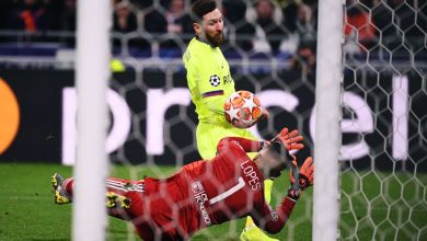 Photo of Lyon 0 Barcelona 0: Messi off colour as Valverde´s men are held