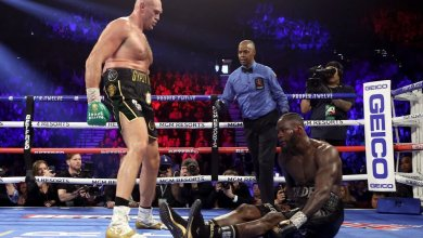 Photo of Tyson Fury claims WBC Heavyweight title with 7th round TKO win, sends Deontay Wilder to the hospital