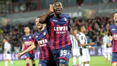 Photo of Simy Nwankwo 20th goal of the season takes Crotone back to Serie A