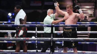 Photo of Alexander Povetkin twice rises from the canva to KO Dillian Whyte in 5th round