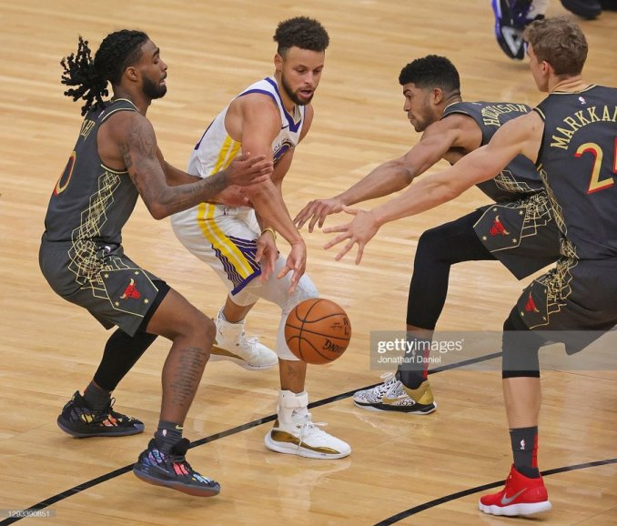 Curry dazzles in Warriors comeback victory. Basketball   Nigeria sports news, transfers & gossips
