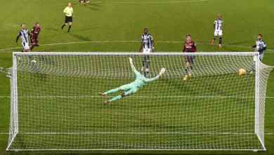 Photo of Semi Ajayi sent crashing down following West Brom bashing