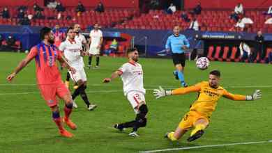 Photo of Sevilla 0-4 Chelsea: Giroud hits four as Lampard's men top group