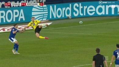 Photo of VIDEO: Haaland scores stunner as Dortmund win Revierderby against Schalke