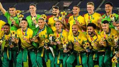 Photo of Alves leads Brazil to back-to-back Olympic football Gold medals