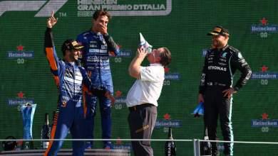 Photo of Verstappen, Hamilton crash as Ricciardo wins Italian Grand Prix