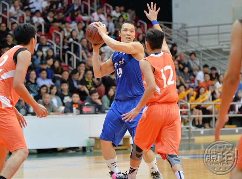 basketball_chowkinwan20151107_03