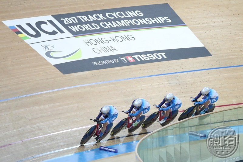 cycling_uci_twc2017_girlsteampursuit_20170412-07