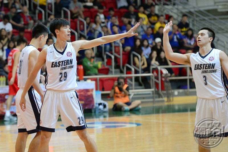a1basketball_regularseason_eastern_namching_20170509-10