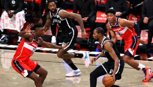 Kevin Durant and Kyrie Irving Shine in Preseason Homecoming
