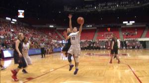 Kelsey Plum scored 22 points in the blowout victory. (Courtesy of GoHuskies.com)