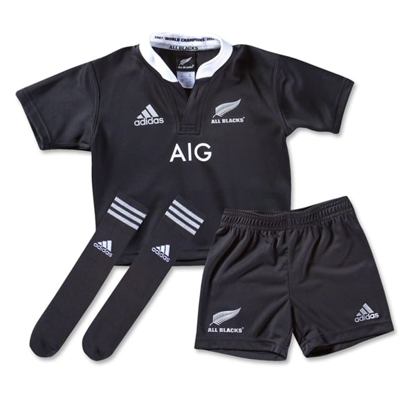 All Blacks Kit