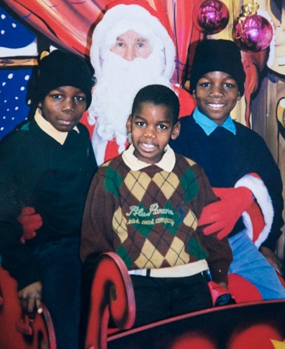 Childhood photo of Paul Pogba with his siblings