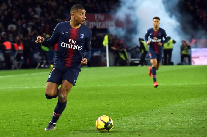 Photo of Mbappé playing for PSG