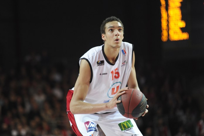 Rudy Gobert playing for Cholet Basket 2013
