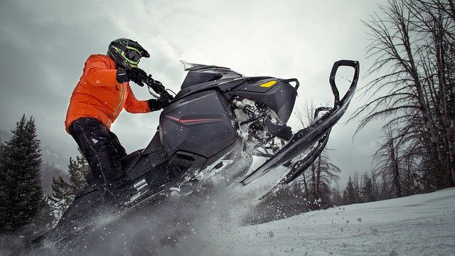 Extreme Sports - Snowmobiling