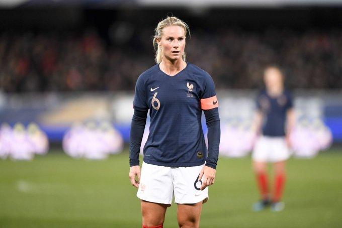 Amandine Henry - Female Football/Soccer Player