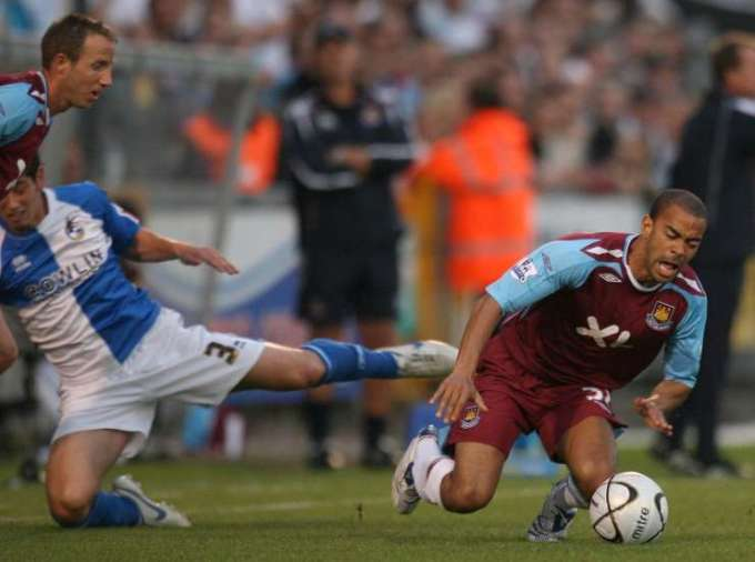 Kieron Dyer injury