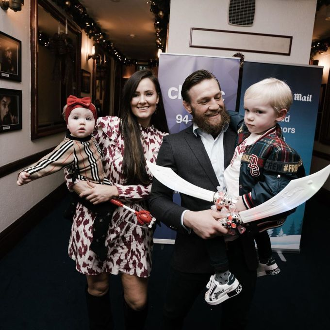 Conor McGregor with his Wife Dee Devlin and children