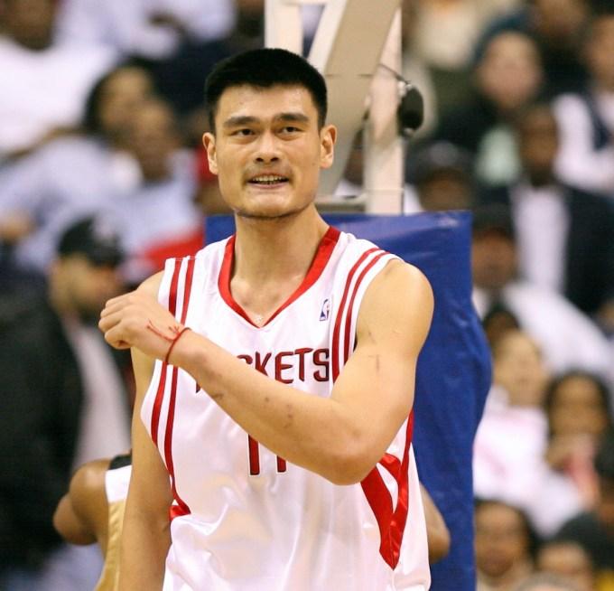 Yao Ming Net Worth – Wealthiest NBA Players