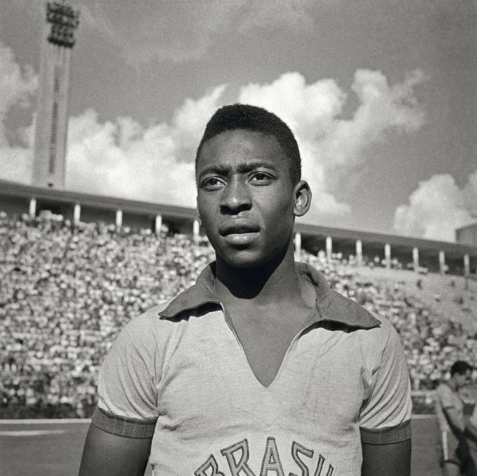 Pele with the Brazil national team in 1975