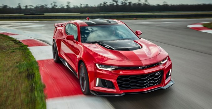 Best American Sports Cars Of All Time - 2017 Chevrolet Camaro ZL1