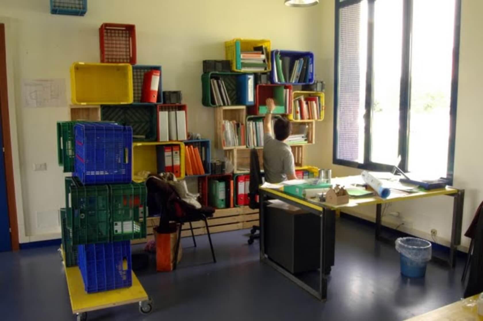 Mobilier de birou din ladite de fructe si legume