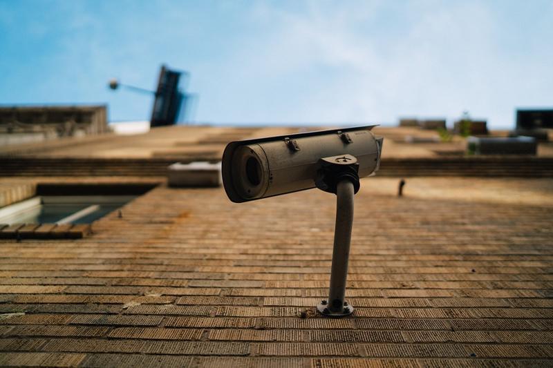 Camerele de supraveghere de exterior: cum le alegi şi de câte tipuri sunt