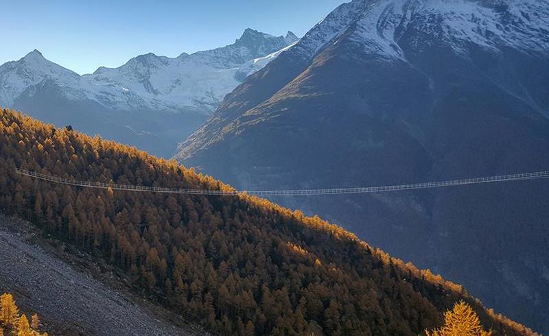 Cel mai lung pod suspendat din lume, în Elveţia