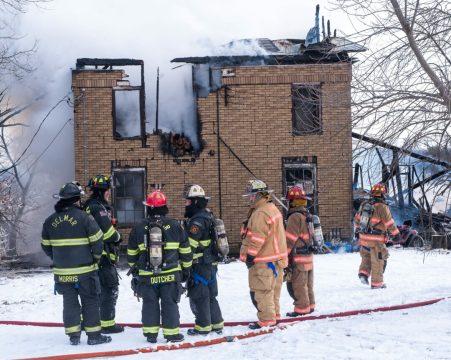 12-29-17 fire web-1858