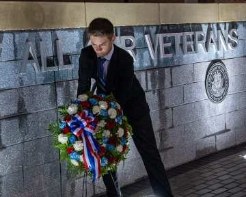 vets wall web-7044