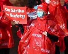 nurses strike web-8732