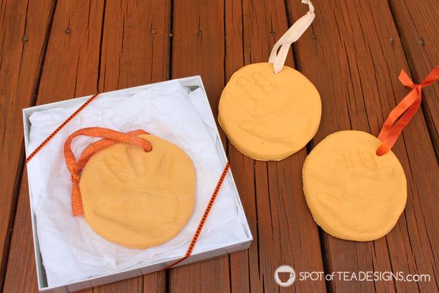 Mother's Day Kids Craft: Salt Dough Handprint Ornament. #kidscraft #mothersday  spotofteadesigns.com