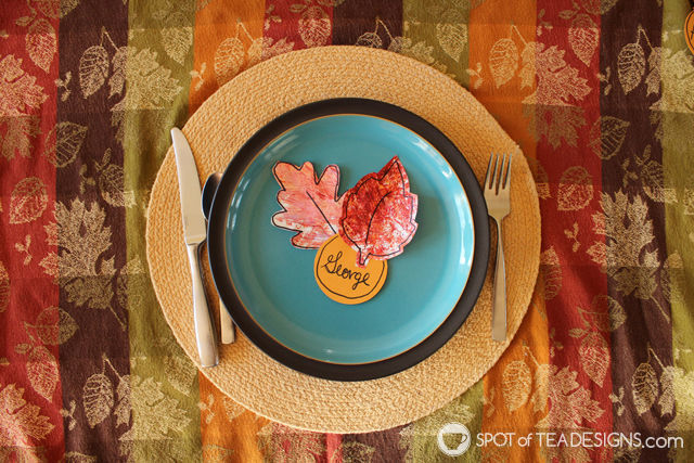 Luffa Painted Place cards for #Thanksgiving #kidscrafts | spotofteadesigns.com