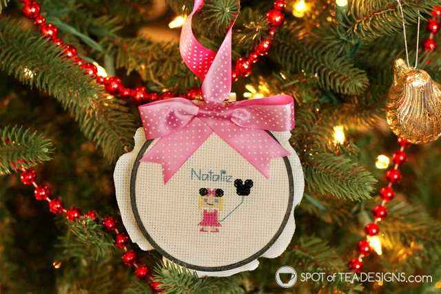 Cross stitch Christmas ornament with stitch people look | spotofteadesigns.com