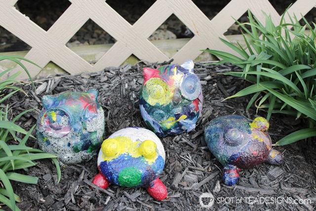 Mothers Day Kids Craft - painting rock pets garden stones   spotofteadesigns.com