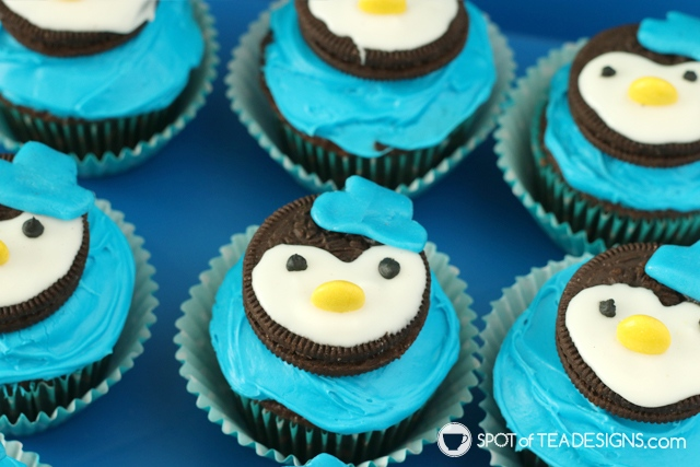 Octonauts party dessert ideas including Peso penguin cupcakes | spotofteadesigns.com
