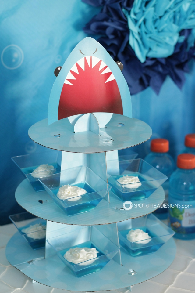 Cute Jello Party desserts - Boy shark party | spotofteadesigns.com