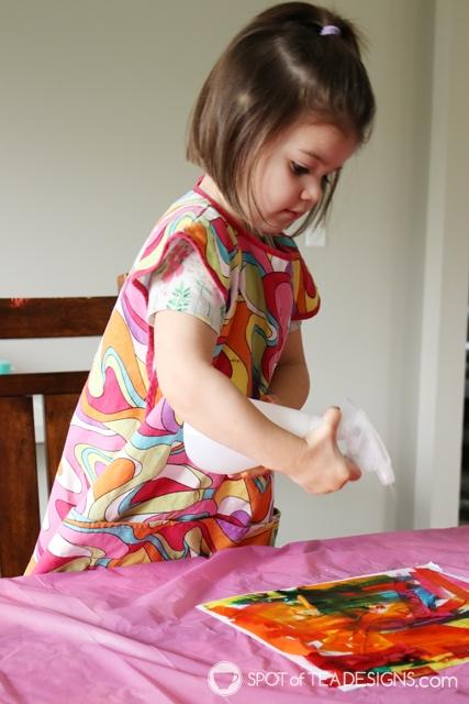 Thanksgiving Kids Craft: Bleeding Tissue Paper Turkey   Spotofteadesigns.com