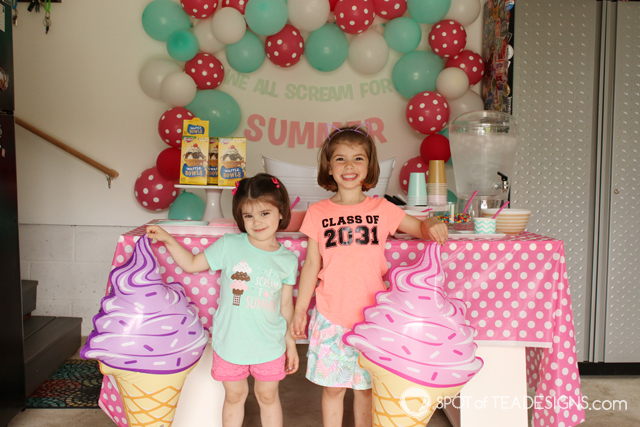 Tips for hosting an ice cream social | spotofteadesigns.com
