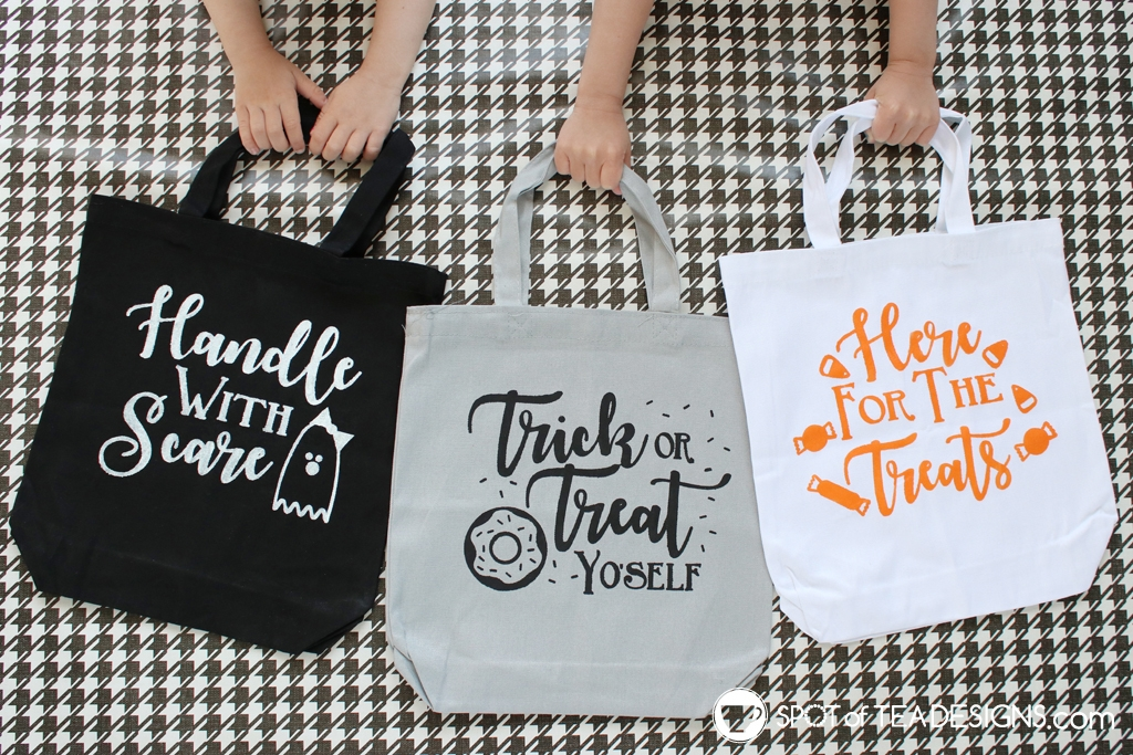 Punny Trick or Treat totes | spotofteadesigns.com