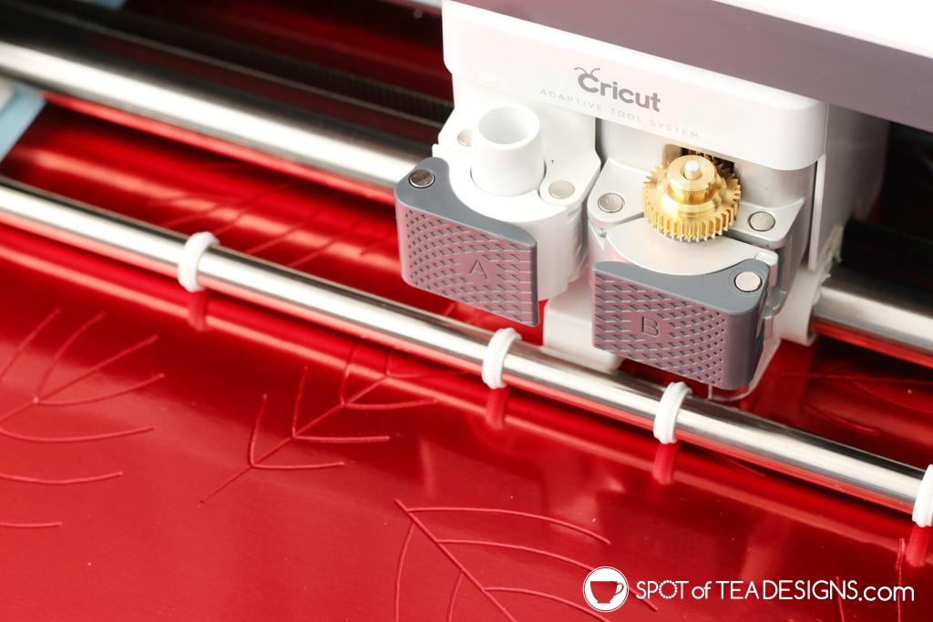 DIY Fall Mantle - Cricut Maker Deboss leaves | spotofteadesigns.com
