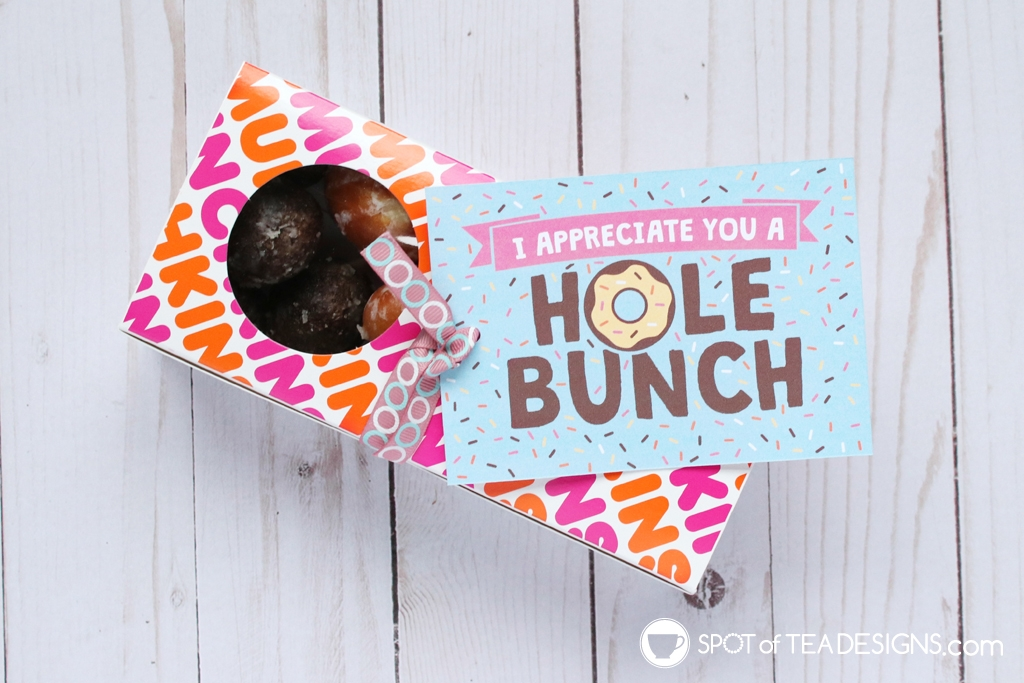 15+ Teacher appreciation printables - I appreciate you a hole bunch - pair with donuts | spotofteadesigns.com