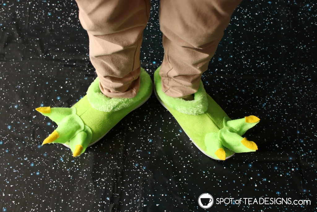 DIY Star Wars Projects to make for May the 4th - Yoda feet slippers | spotofteadesigns.com